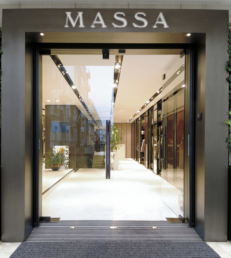 sale retailer 92411 a56aa Arredamento Negozi Abbigliamento Massa Donna Martina Franca ...