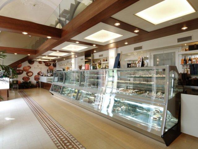 Bar Bernardi Arredo Chiavi In Mano Banco Gelati