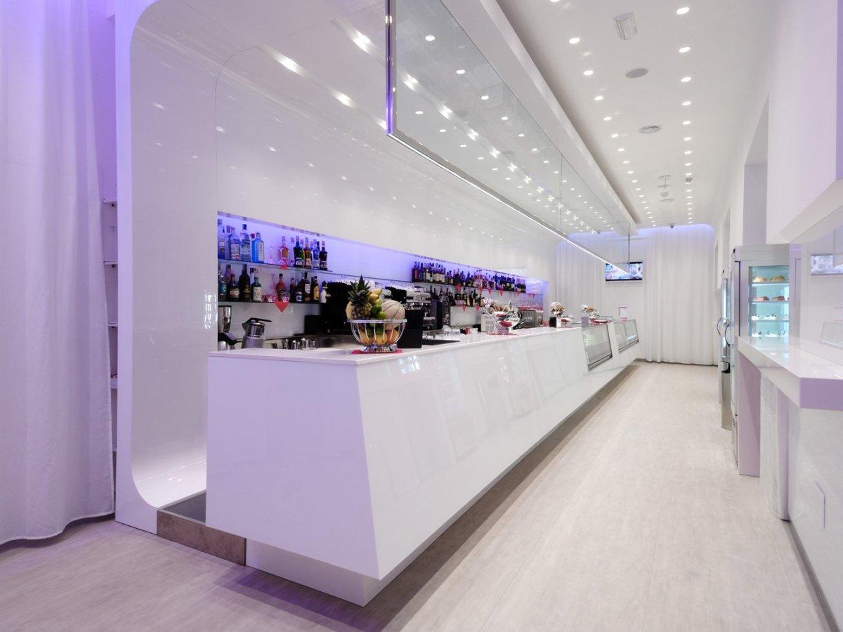 Arredamento Bar Bianco.Progettazione E Arredamento Blanco Lounge Bar Taranto