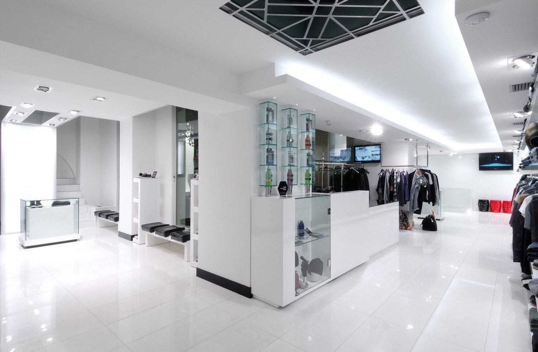 Arredamento negozio di abbigliamento culpado bari puglia for Arredamento bari