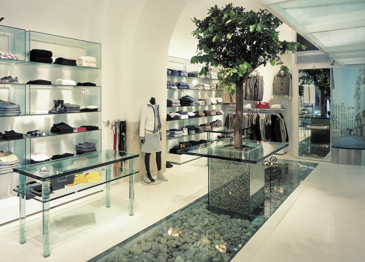 arredamento negozi abbigliamento culpado bari puglia