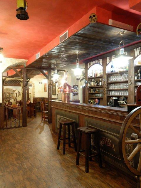 Bar Pub Elpaso Allestimenti Arredamenti Pavimentazione