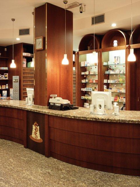Farmacia La Rocca Progetto Arredamenti Su Misura Banco