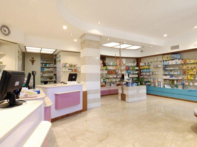 Farmacia Moscogiuri Progetto Arredamenti Su Misura Interno