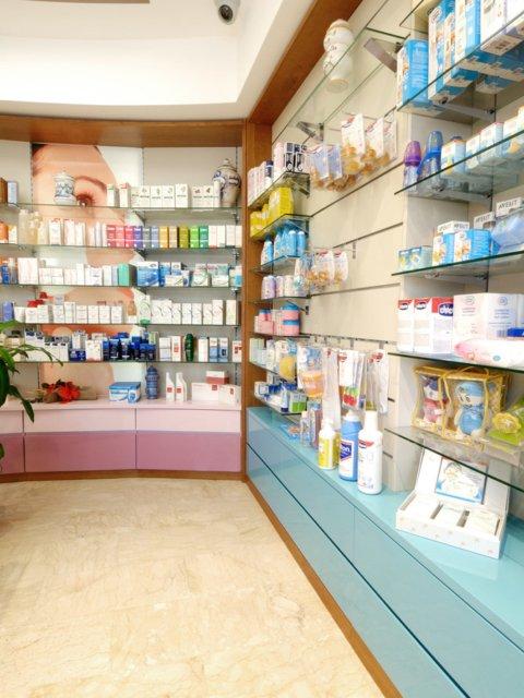 Farmacia Moscogiuri Progetto Arredamenti Su Misura Scaffali
