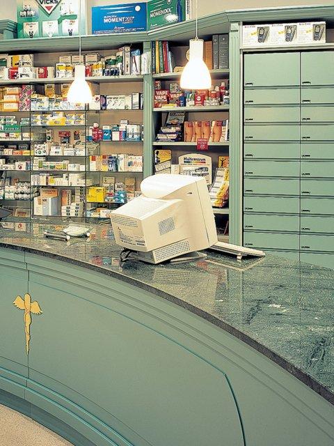 Farmacia Trione Progetto Arredamenti Bancone