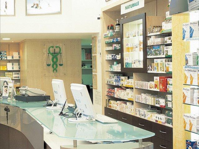 Farmacia Italia Progetto Arredamenti Su Misura