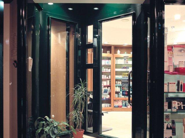 Farmacia Nati Progetto Arredamenti Su Misura Ingresso