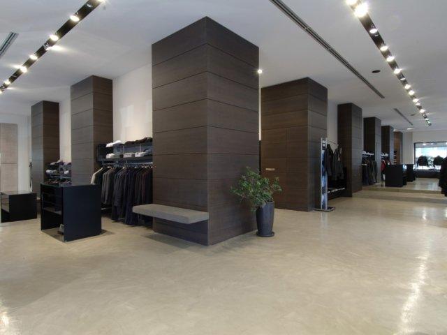 Arredamento negozi abbigliamento il faro avellino campania for Forum arredamento galleria fotografica