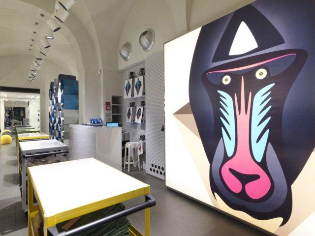 Progettazione e arredamento 29 abbigliamento martina for Forum arredamento galleria fotografica
