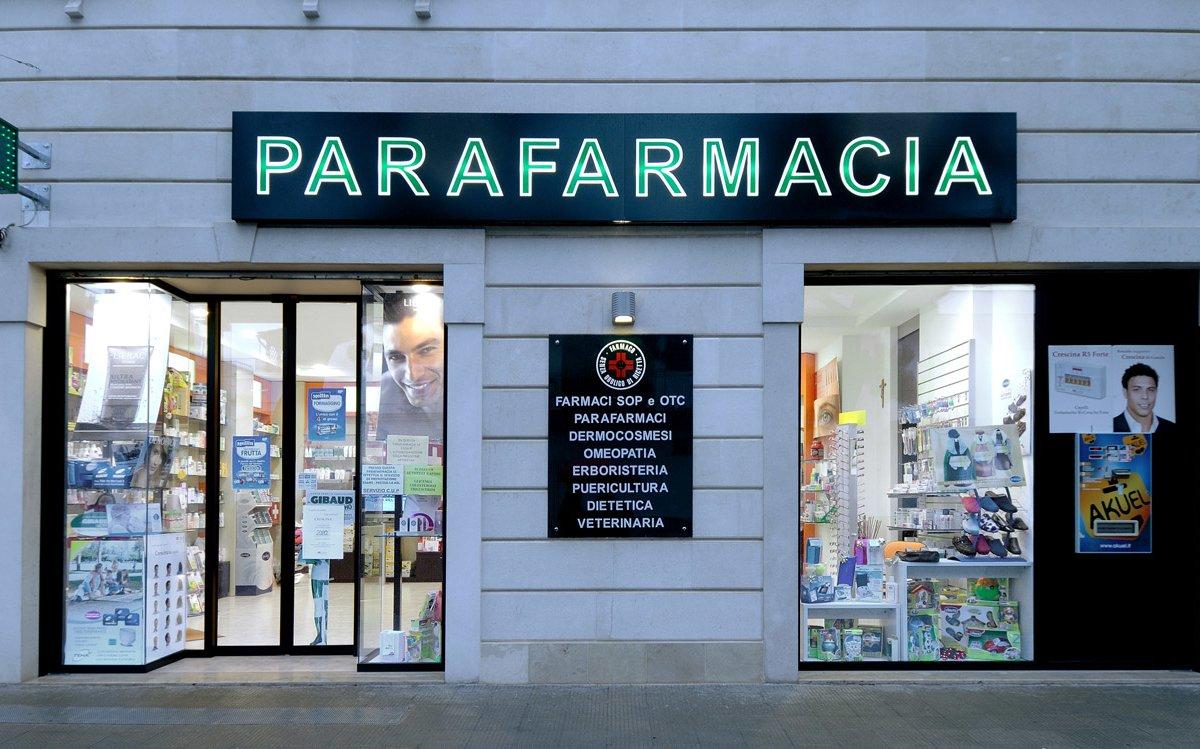 Parafarmacia Farmaxima Arredo Chiavi In Mano Insegna