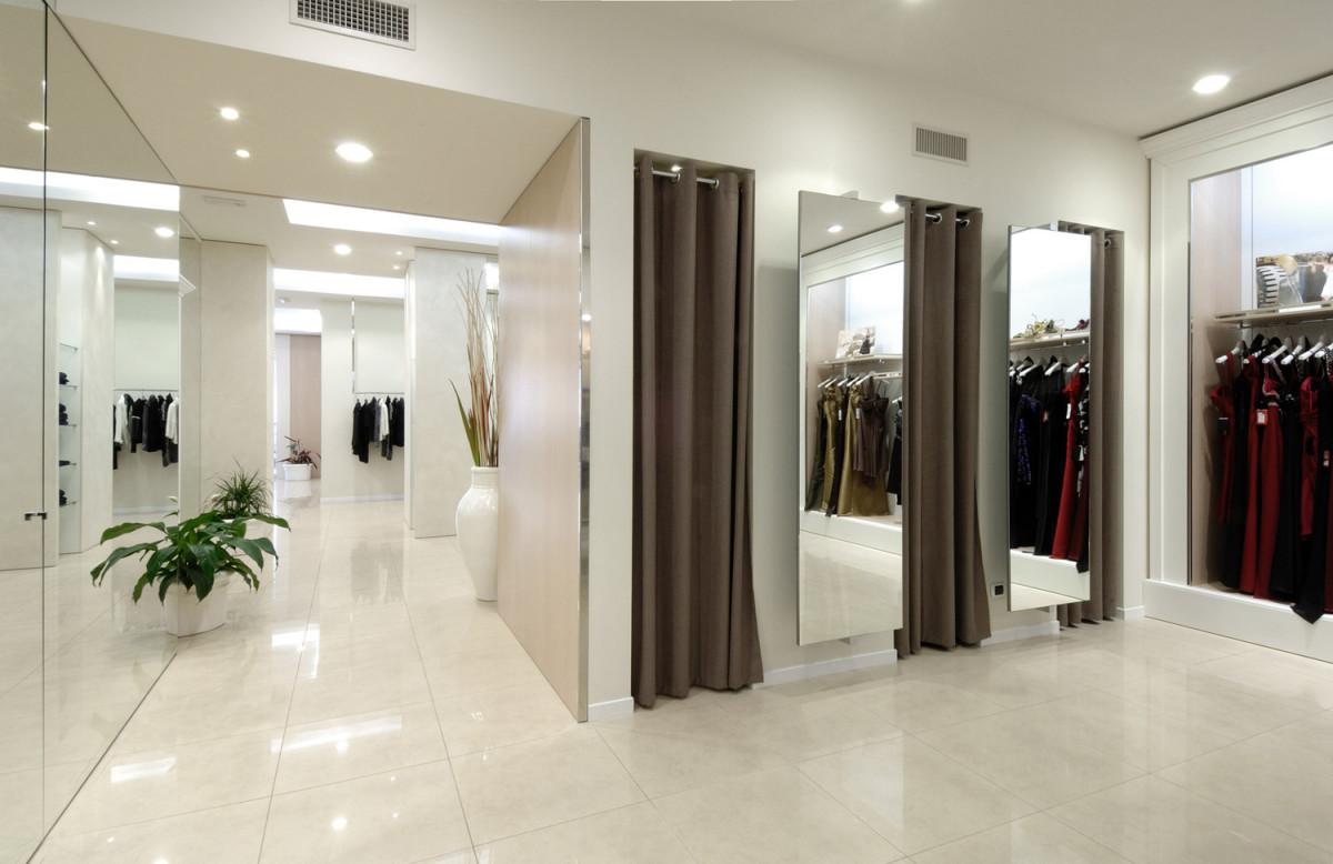 arredamento negozi abbigliamento russo taranto puglia