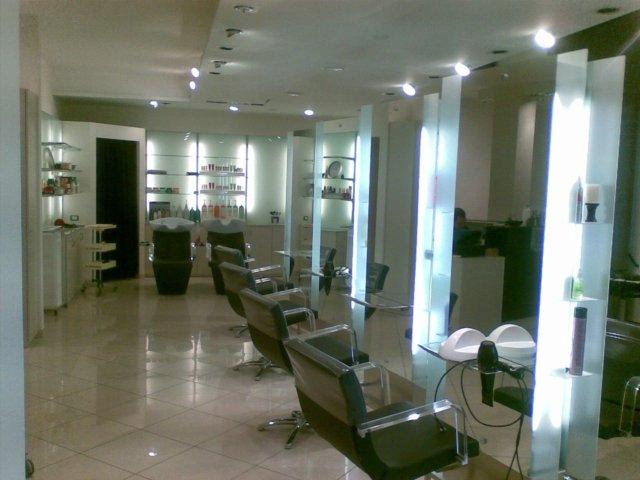 Arredamento Parrucchieri Adamuccio Realizzazione Su Misura