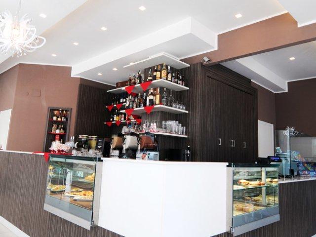 Caffe Teatro Progetto Arredamenti Su Misura Angolo Bancone
