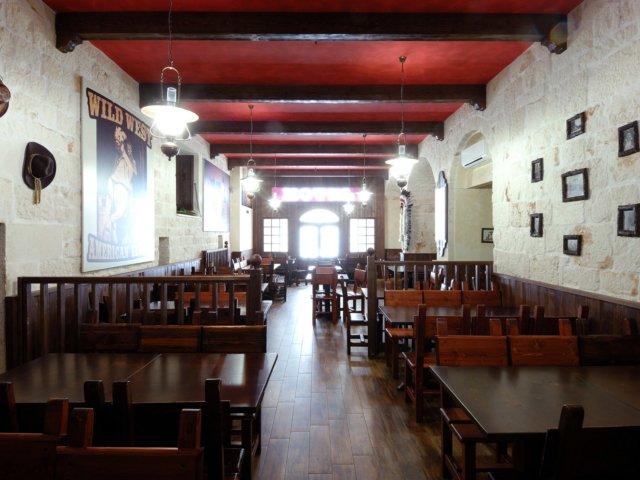 Bar Pub Elpaso Progetto Arredamenti Su Misura Banchi