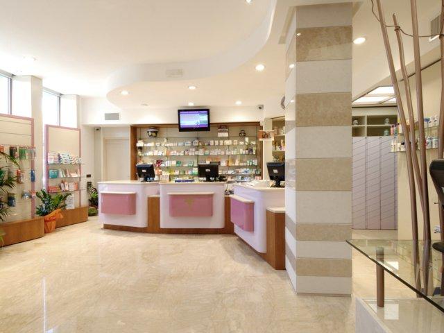 Farmacia Moscogiuri Progetto Arredamenti Su Misura Cassettiere