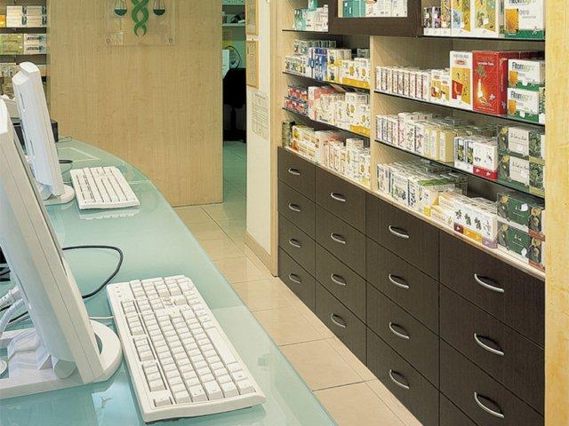 Farmacia Italia Progetto Arredamenti Su Misura Realizzazione