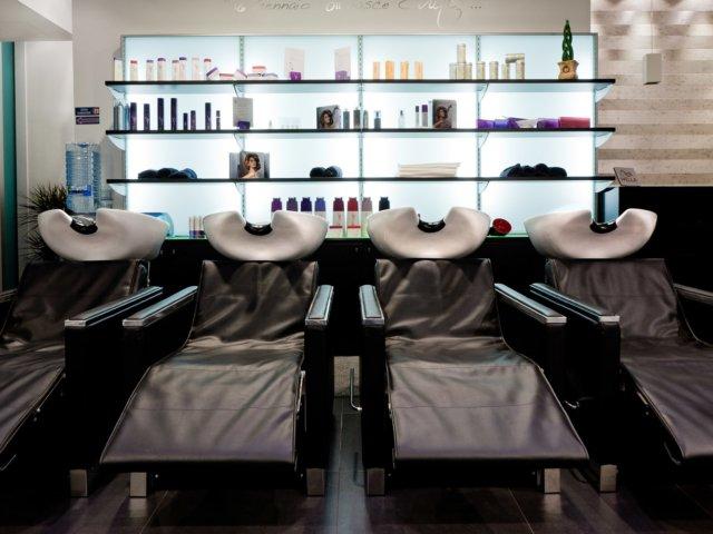 Suite Acconciatori Arredo Chiavi In Mano Lavatesta Parrucchiere