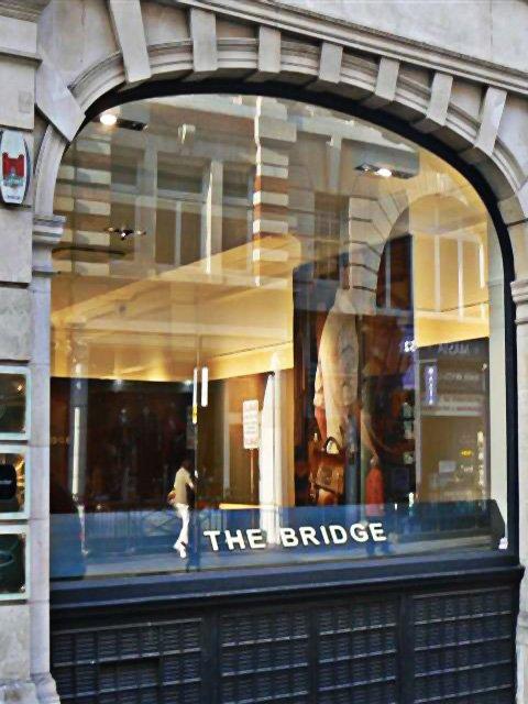 Arredamento Su Misura Thebridge Londra Anteprima